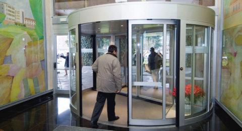 Puertas Giratorias en Guadalajara