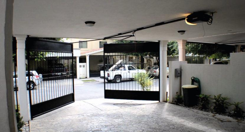 Automatización de Portones en Casa Guadalajara